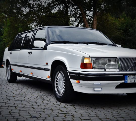 Limousine Volvo 740 Clássica