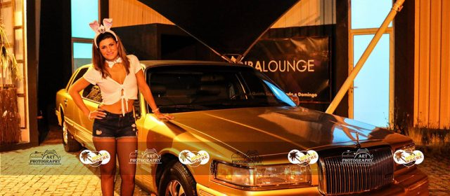 Ford Lincoln Clássica Dourada